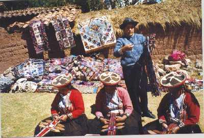 weaving_chinchero